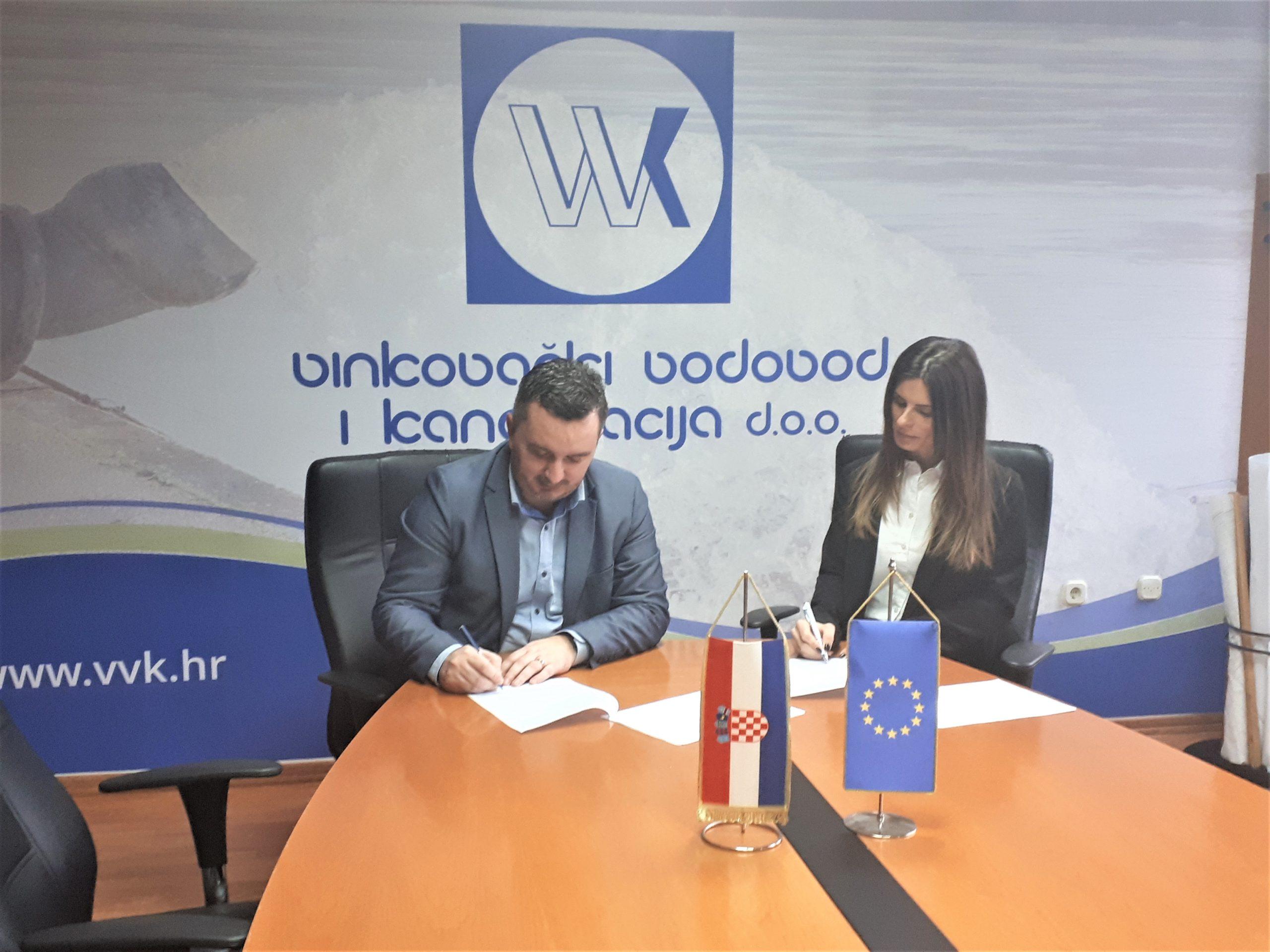 Potpisan ugovor za nabavu transportnih vozila